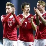 To måneder før den vigtige udekamp mod Rumænien kritiserer Christian Eriksen, William Kvist og Simon Kjær dele af DBU for at modarbejde landsholdet i forsøget på at komme til VM samt for manglende professionalisme.