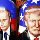Den traditionelle russiske trædukke med flere figurer indeni, her med bilelde af både Putin og Trump.