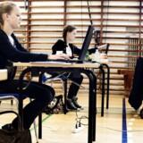 ARKIVFOTO. fra en 9. klasses afgangsprøve i skriftlig dansk.