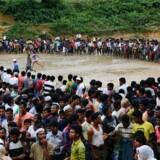 Over 400.000 er flygtet fra Myanmar til Bangladesh, hvor regntid skaber horrible levevilkår i lejrene. REUTERS/Danish Siddiqui