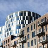 Det vrimler frem med nye bydele i København. Blandt andet i Nordhavn, hvor nyt byggeri skyder op overalt. Kvadratmeterpriserne på ejerlejlighed er steget markant de seneste år. 2017 er ingen undtagelse.