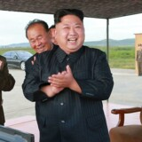 Billedet, der er udateret, er frigivet fra Nordkoreas officielle nyhedsbureau den 16. september. Nordkoreas leder Kim Jong-Un er ifølge nyhedsbereauet i gang med at inspicere en øvelses-affyring af misilet Hwasong-12. / AFP PHOTO / KCNA VIA KNS / STR / - South Korea. /