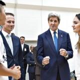 Den amerikanske udenrigsminister John Kerry besøgte fredag Streetmekka, et gadeidrætshus på Enghavevej i København.