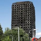 Mindst 17 personer er bekræftet døde i forbindelse med branden i højhuset i London. Byens politichef frygter et dødstal over 100.