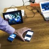TDC har i sit laboratorium haft held med at få mobilnettet til at overføre data med hele en gigabit i sekundet. Lige nu kan ingen telefoner dog kapere så høje hastigheder. Arkivfoto: Simon Læssøe, Scanpix