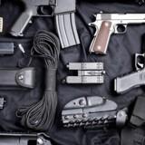 Arkivfoto. Politiet har siden 1. juni modtaget tusindvis af ulovlige våben. Der har været frit lejde. Det slutter lørdag.