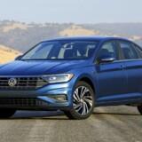 Den kompakte Jetta sedan fra Volkswagen er alt andet end kompakt i sin syvende generation. Den ligger nu meget tæt på Passat, hvilket er en af grundene til at Jetta ikke længere skal sælges i Europa