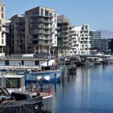»Byen får næsten 1.000 nye indbyggere om måneden, de er næppe millionærer alle sammen.« Nybyggerier i København. Her er det lejligheder i Sydhavnen.