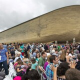 Slagnummeret i Arc Encounter-temaparken i USA er en kopi af Noas ark fra Det Gamle Testamente – men arken får nu konkurrence af et opgør på liv og død.