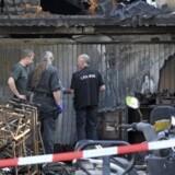En 51-årig tysk samler er blevet anholdt, efter at en granat fra Anden Verdenskrig er sprængt ved hans hjem i byen Hennef.