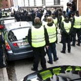 Arkivfoto fra lørdag d. 10. oktober 2009, hvor politiet valgte at foretage såkaldte præventive anholdelser. Politiet mente, at det var nødvendigt for at forhindre uro.
