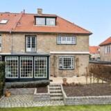 Med et prisskilt på 28,5 millioner kroner er Danmarks dyreste rækkehus for nyligt blevet sat til salg. Det ligger på Sundvænget i Hellrup. Foto: Ivan Eltoft Nielsen / Boliga.dk
