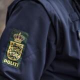 Tirsdag formiddag blev en bil ramt af en genstand på en motorvej i Nordjylland