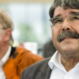 En tjekkisk domstol løslader den syrisk-kurdiske leder Saleh Muslim trods krav fra Tyrkiet om at udlevere ham.