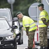 (ARKIV) Grænsekontrol ved Kruså. Den 14. juni 2016. Siden grænsekontrollen blev indført i 2016, er 5488 udlændinge blevet afvist ved den dansk-tyske grænse. Det skriver Ritzau, onsdag den 14. marts 2018.. (Foto: Claus Fisker/Scanpix 2018)