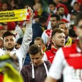 Både Monaco og Dortmund-fans var på plads på stadion tirsdag aften, da eksplosioner ramte Dortmunds spillerbus. Kampen blev aflyst, og tilskuerne måtte forlade stadion. For mange af de tilrejsende fans betød det en overnatningsudfordring.