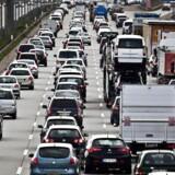 Vismændene foreslår, at registrerings- og vægtafgiften på biler ændres, så den står mål med belastningen.