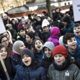 Eleverne fra Iqra Privatskole var mandag samlet foran Styrelsen for Undervisning og Kvalitet.