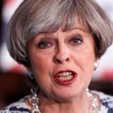 Konservative Theresa May er lillefavorit til valgsejren, ved det britiske parlamentsvalg i dag.