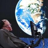 Stephen Hawking. REUTERS/Lucas Jackson