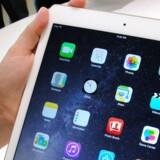 En iPad Air 2 har været centrum i endnu en strid, hvor Apple har byttet en ny vare med en genbrugt - og det må Apple ikke, fastslår retten. Arkivfoto: Glenn Chapman, AFP/Scanpix