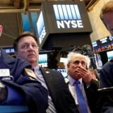 Arkivfoto. Dollaren viser klare tegn på, at investorerne er bekymrede for, at Trump vinder i næste uge.