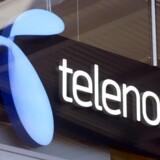Telenor Danmark tabte kunder i juli-september, men der er bedre styr på økonomien, og selskabet tjener markant flere penge end sidste år. Det viser regnskabet for tredje kvartal.