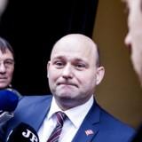 Justistminister Søren Pape Poulsen (K) dropper en nybygget politiskole. »Jeg synes, det er ærgerligt. Dansk politi havde fortjent de bedste forhold – det kan vi ikke give dem,« siger han.