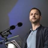Det er helt fair, at politikere ytrer sig kritisk om DR, men at kræve mere politisk styring af DR er giftigt, mener de Radikales partileder, Morten Østergaard