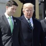 Præsident Donald Trump sammen med Paul Ryan og vicepræsident Mike Pence.