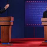 Første af fire TV-dueller mellem Mitt Romney og Barack Obama.