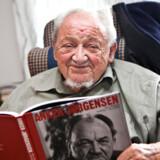 Tidligere statsminister Anker Jørgensen har aldrig været i tvivl om, at han har været »interessant« for PET, som han formulerer det.