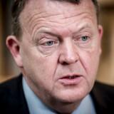Lars Løkke Rasmussen har tidligere afvist, at man kan købe sig til hans tid via Løkkefonden. Men dokumenter viser, at han i sin egenskab af statsminister har takket ja til invitationer fra Løkkefondens kunde.