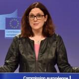 Arkivfoto: EU's handelschef Cecilia Malmstrom - EU har blandt andet foreslået at fastsætte told på amerikansk bourbon, biler og motorcykler. REUTERS/Eric Vidal/File Photo