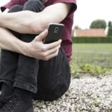 Unge i 20erne oplever i stigende grad en identitetskrise, der løst kaldes kvartvejskrisen. Psykolog Mette Bratlann har fem gode råd til at komme ud af krisen.
