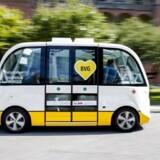 Henrik Føhns fra Techtopia var på tur i virksomhedens Navya Arma, som er en selvkørende, eldrevet minibus med plads til 14 mennesker.
