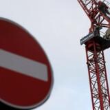 20.000 britiske ansatte hos den britiske entreprenørvirksomhed Carillion står over for en uvis fremtid. Virksomheden har her til morgen erklæret sig konkurs.