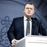 Statsminister Lars Løkke Rasmussen fortalte tirsdag, at regeringen nu går efter at lave en mindre skatteaftale med Dansk Folkeparti, end de hidtil har lagt op til.