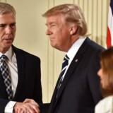 Arkivfoto. Trump har peget på sin favorit som ny højesteretsdommer. Den nominerede er ung og går op i etik, siger lektor.
