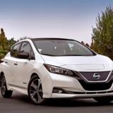 Den nye Nissan Leaf er en videreudvikling af den gamle. Den har fået et mere mainstream udseende, og så er batteripakken opdateret, så rækkevidden nu er små 400 km og ladetiderne kortere. Foto: PR