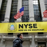 Snapchat-banner på facaden af New York Stock Exchange (NYSE) i New York. (Foto: REUTERS/Brendan McDermid)