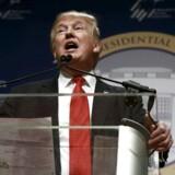 Den republikanske præsidentkandidat Donald Trump taler ved the Republican Jewish Coalition's Presidential Forum