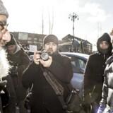 Formanden for Mjølnerparken, Muhammad Aslam, og formand for Alternativet Uffe Elbæk i Mjølnerparken i København forud for torsdagens præsentation af regeringens ghetto-udspil »Ét Danmark uden parallelsamfund - ingen ghettoer i 2030«.