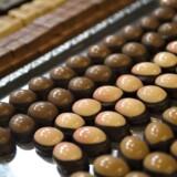 Ost og chokolade kan give hovedpine. Silden på rugbrødsmaden og chokoladebaren til eftermiddagskaffen er blandt fødevarer, der kan give hovedpine og migræne.