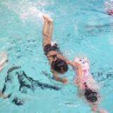 Svømmeundervisning i københavnske Tingbjerg.