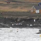 De to bygder, Nuugaatsiaq og Illorsuit, blev 17. juni ramt af en gigantisk bølge. Nu afsætter den grønlandske regering 70 millioner kr. til genopbygning.