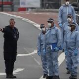 Politiet var massivt til stede i det område i London, der blev angrebet lørdag aften. Scanpix/Daniel Leal-olivas