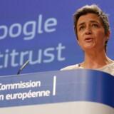 EUs konkurrencekommissær, Margrethe Vestager, indledte i april en undersøgelse af, om Google har for meget magt over sit Android-mobilstyresystem. Nu går også de amerikanske myndigheder ind i sagen. Arkivfoto: Julien Warnand, EPA/Scanpix