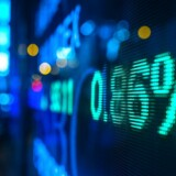 En mere positiv holdning til GN-aktien hos tyske Commerzbank trækker onsdag middag aktien op i C20 Cap-indekset, hvor GN har selskab af Vestas og Pandora i kampen om de øverste placeringer.