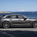 Henrik Dreboldt har aldrig været fan af den volumniøse Porsche Panamera, men den nye Sport Turismo (stationcar) version har fået proportionerne på ret køl, og det triller den ind i rollen som årets stilikon. Foto: PR